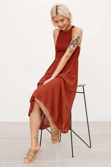 Red dress http://bit.ly/2eWfcy9