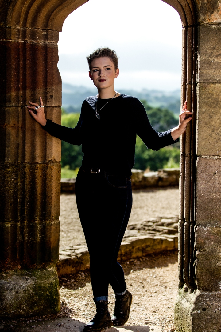 chloe_knott_fabric_forward_raglan_castle-49