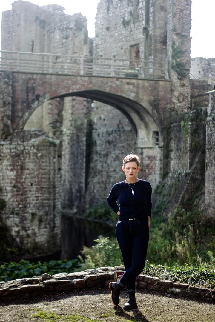 chloe_knott_fabric_forward_raglan_castle-96